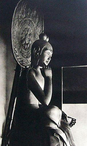 対比でみる飛鳥時代の仏像~10月期は半跏思惟像篇のイメージ